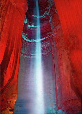 Cavern Photograph - Ruby Falls by Art Spectrum