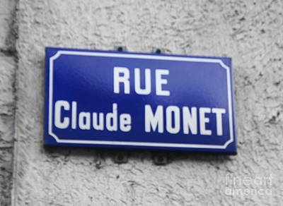 Photograph - Rue Claude Monet by Therese Alcorn