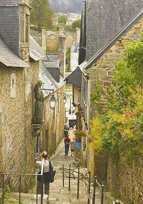 Ruelle Qui Mene Au Port De St. Goustan Original