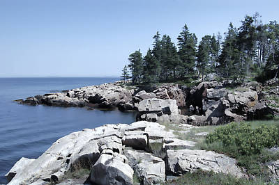 Coastal Maine Digital Art - Rugged Maine Coastline by Daniel Hagerman