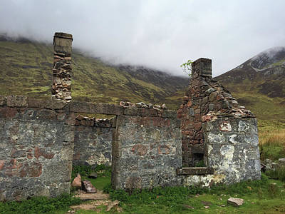 Old Wall Art - Photograph - Ruin In Scotland by Matthias Hauser