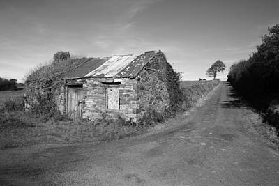Ruined Irish Cottage Print by John Quinn