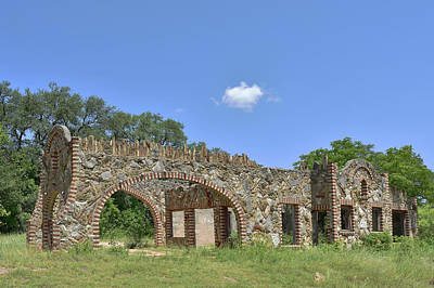 Photograph - Ruins by Robert Brown