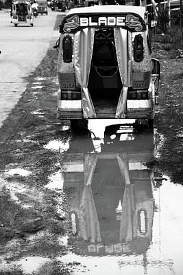 Photograph - Runner by Jez C Self