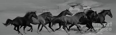 Painting - Running Horses Bw 098 by Gull G