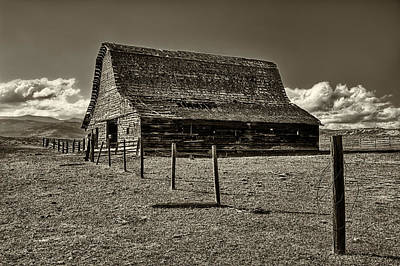 Barbed Wire Fences Photograph - Rural Montana Barn In Sepia by Mark Kiver