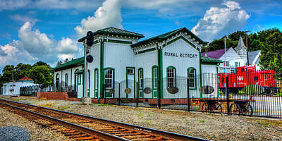 Photograph - Rural Retreat Depot by Bluemoonistic Images