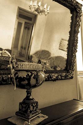 Tbilisi Photograph - Russian Room by John Grummitt