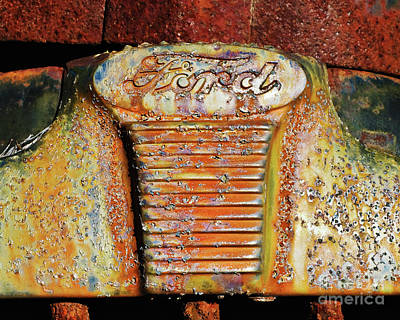 Photograph - Rusted 27 by Patrick M Lynch
