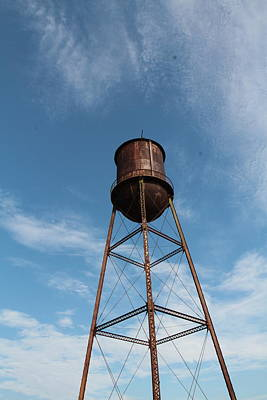 Photograph - Rusted Water Tower by Karen Ruhl