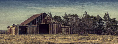 Photograph - Rustic Barn by Jonas Wingfield