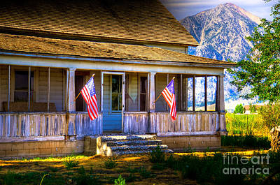 Photograph - Rustic Patriotic House by Kelly Wade