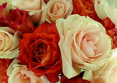 Photograph - Rustic Rose Bouquet by Margaret Newcomb