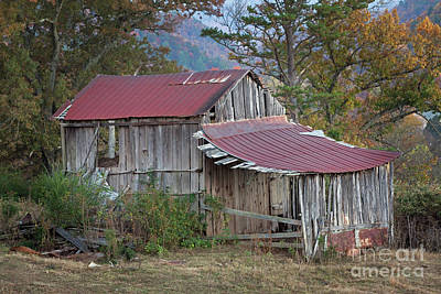 Photograph - Rustic Weathered Hillside Barn by John Stephens