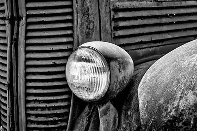 Dodge Truck Wall Art - Photograph - Rusting Old Dodge In Black And White by Garry Gay