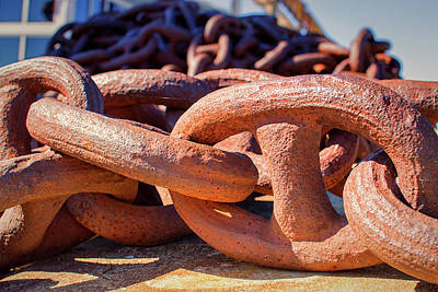 Photograph - Rusty Anchor Chain At The Baltimore Museum Of Industry by Bill Swartwout