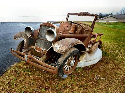 Photograph - Rusty Antique Auto by Sadie Reneau