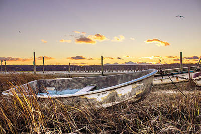 Long Chain Photograph - Rusty Boat by Roderick Breem