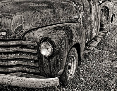 Photograph - Rusty Chevy Pickup by Bill Jonscher