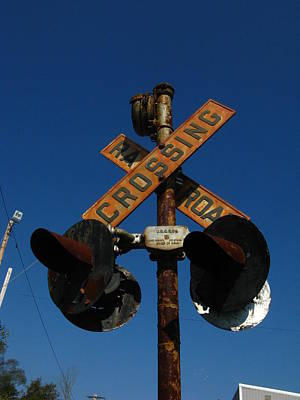Photograph - Rusty Crossing Signal by Bill Tomsa