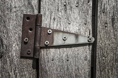 Rusty Hinge On Log Building Art Print by Donald  Erickson