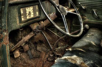 Photograph - Rusty International Truck by Michael Eingle