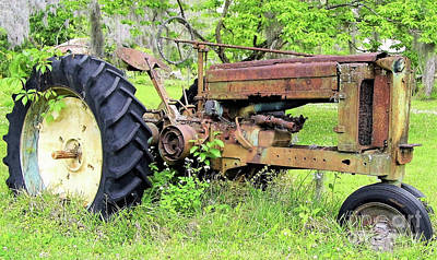 Photograph - Rusty John Deere Tractor by D Hackett