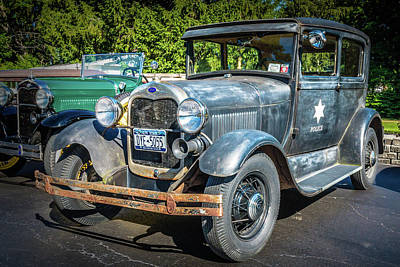 Photograph - Rusty Old Cop Car by Guy Whiteley