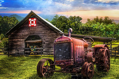 Corn Crib Photograph - Rusty Red by Debra and Dave Vanderlaan