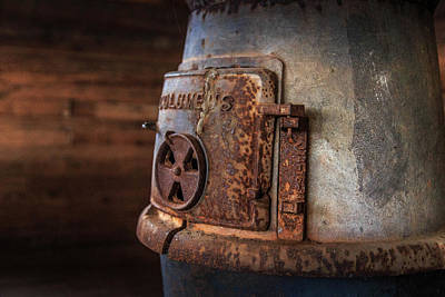 Photograph - Rusty Stove by Doug Camara