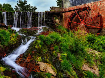 Photograph - Rusty Water Wheel by John Vose