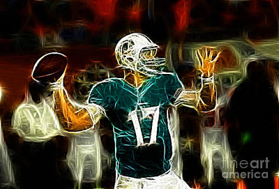 Ryan Tannehill - Miami Dolphin Quarterback Art Print by Paul Ward