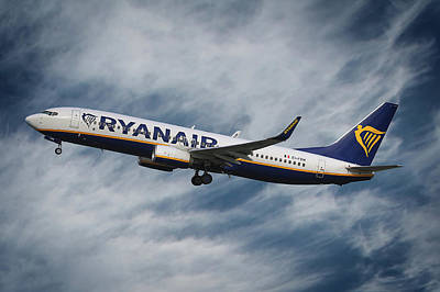 Madrid Photograph - Ryanair Boeing 737 by Smart Aviation