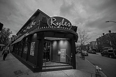 Photograph - Ryles Jazz Club Cambridge Ma Inman Square Hampshire Street Black And White by Toby McGuire