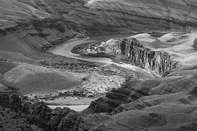 Photograph - S Curve In Colorado River by John McGraw