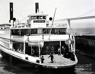 Photograph - S. P. Ferry Alameda At San Francisco Circa 1940 by California Views Mr Pat Hathaway Archives