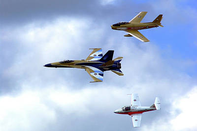 Photograph - Sabre, Hornet And Tutor by Paul Wash