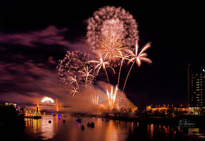 Photograph - Sacramento Fireworks 2 by Jim Thompson