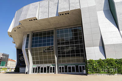 Photograph - Sacramento Kings Basketball Golden 1 Center Dsc4931 by Wingsdomain Art and Photography