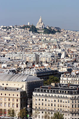 Sacre Coeur Photograph - Sacre Coeur At The Summit Of Montmartre Paris by Pierre Leclerc Photography
