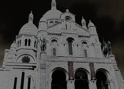 Photograph - Sacred Heart Of Paris by Laura Greco