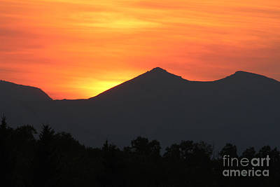 Photograph - Saddle Mountain Sunset by Ann E Robson