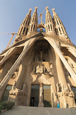 Antoni Gaudi Wall Art - Photograph - Sagrada Familia Church In Barcelona Antoni Gaudi by Matthias Hauser