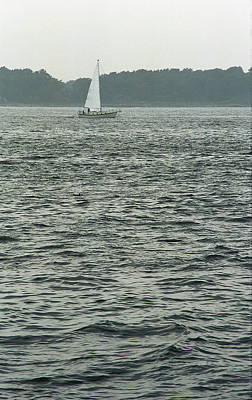 Photograph - Sailboat And Waves, Piscataqua River, Maine 2004 by Frank Romeo