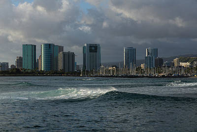 Best Sailing Photograph - Sailing Into Honolulu Hawaii  by Georgia Mizuleva