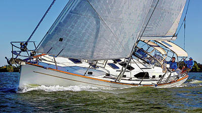 Photograph - Sailing Large by Herb Paynter