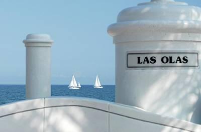 Sailing Las Olas Art Print