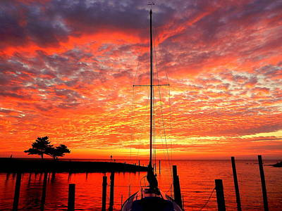 Photograph - Sailing Sunset Explosion 5 90916 by Mark Lemmon