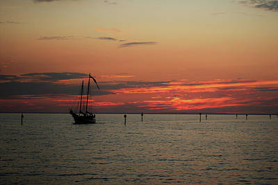 Sailing Sunset Art Print