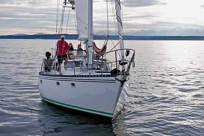 Sailing Up Art Print by Tom Dowd